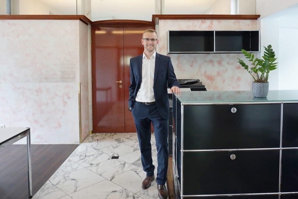 Ing. Andreas Thaler von ATH Immobilien e.U. Experte für Gewerbeimmobilien in Tirol  und Westösterreich.